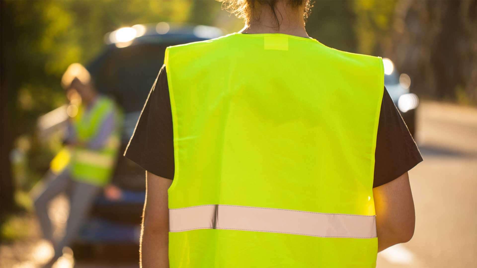 ¿Cuándo y por qué debes usar un chaleco reflectante?