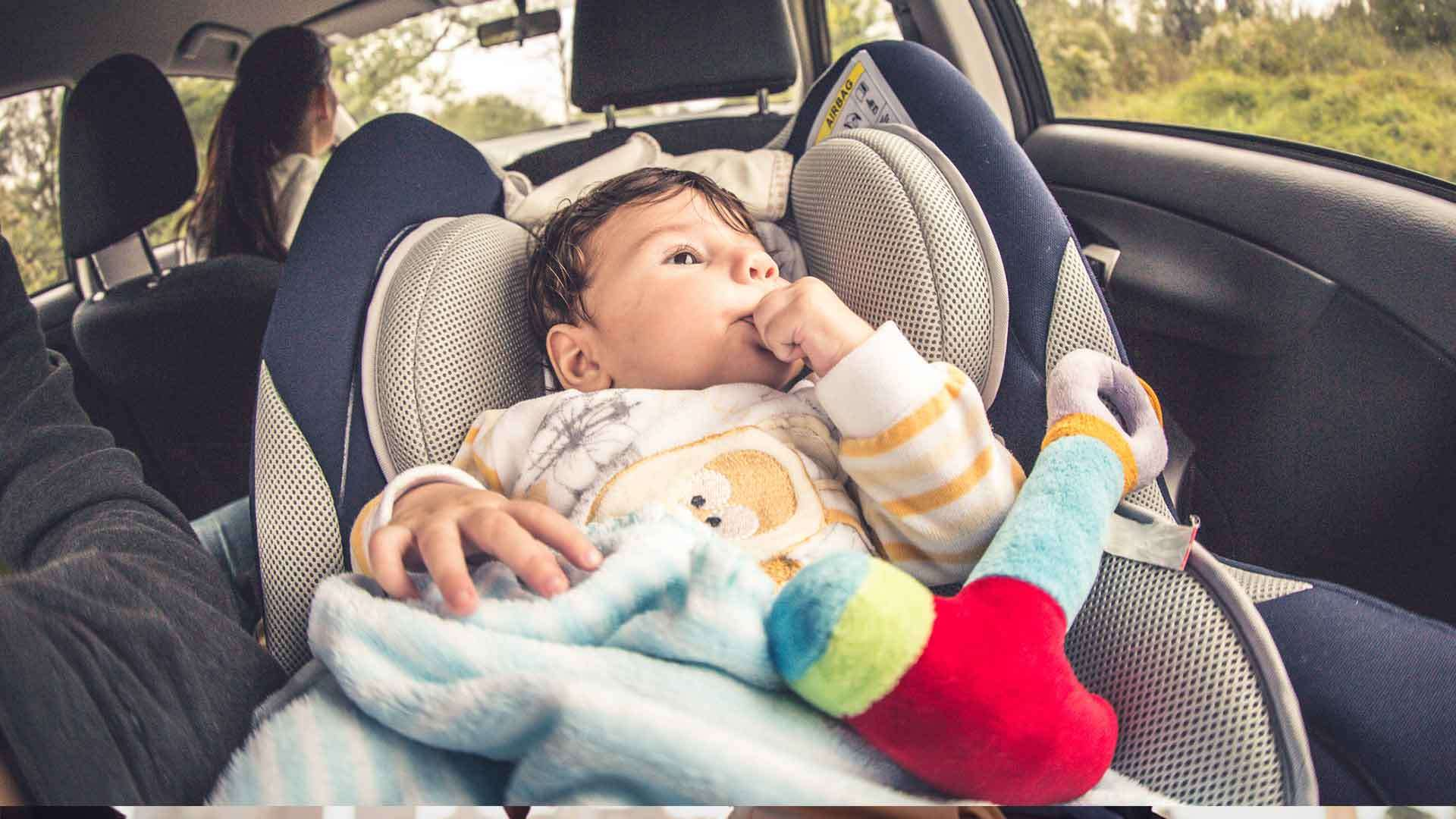 ¿Por qué son tan importantes las sillas de auto para niños?