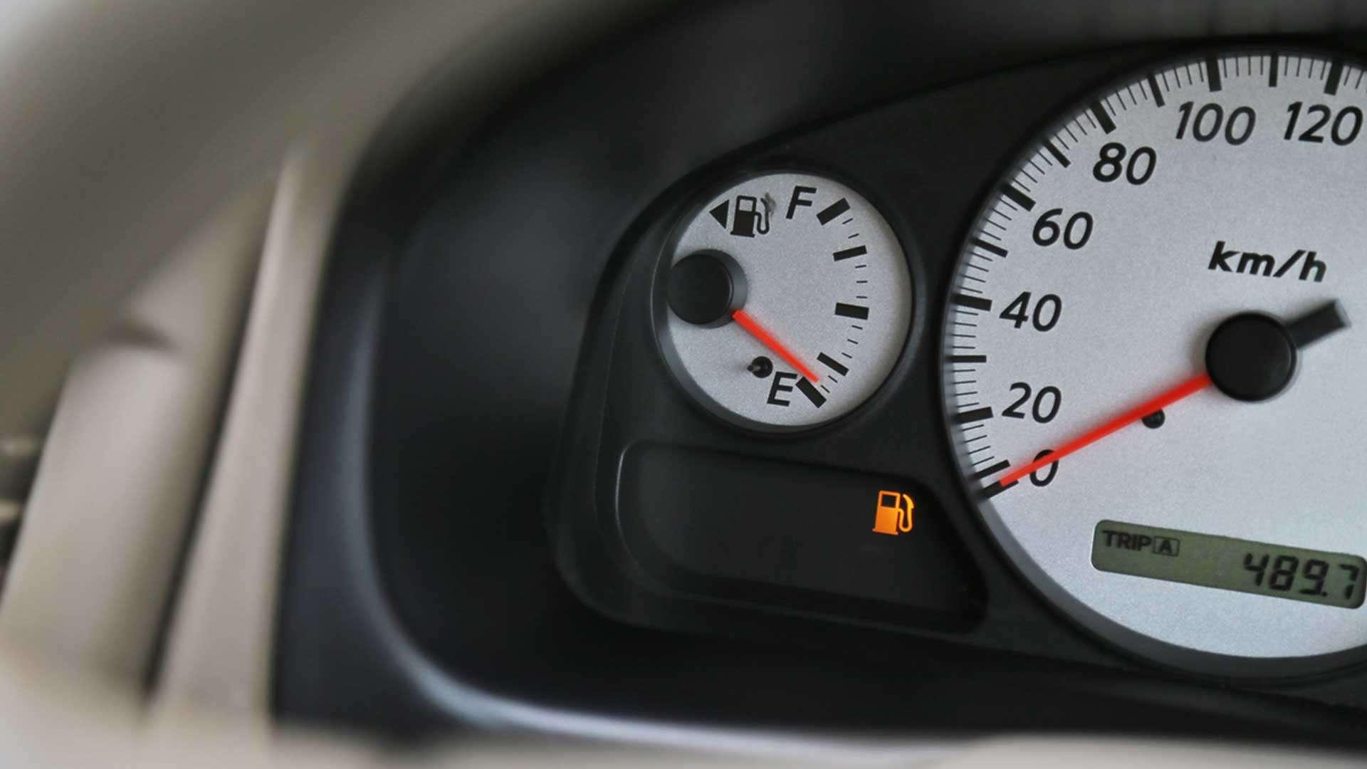 ¿Qué hacer si te quedas en panne de combustible?