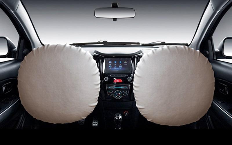 Tu M4 cuenta con doble Airbag para proteger a los que van contigo, porque los viajes son mucho más entretenidos si todos vamos seguros